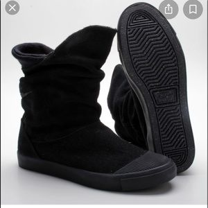 Nike Glencoe Warrior suede boots 10.5 black
